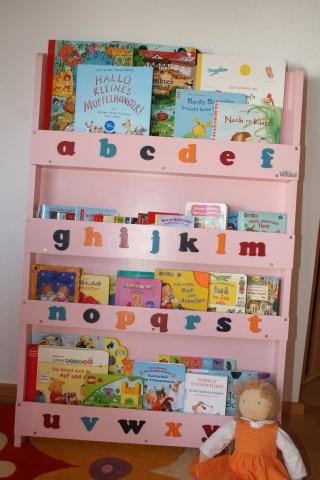 Gewinnspiel Bücherregal